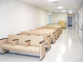 病院待合いイス